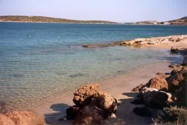 Paros_Laggeri_beach.jpg
