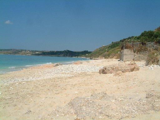 trapezaki-lourdes_beach.JPG